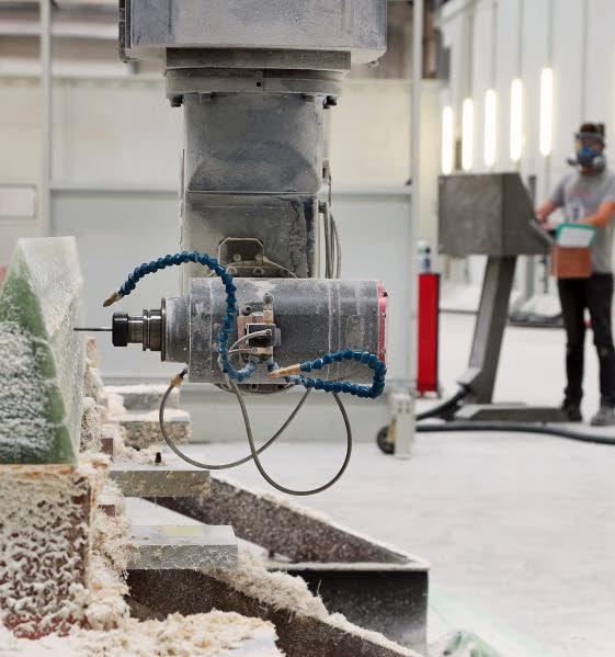 Technologie matériaux composites foreuse de 40 mètres installé au Rohu